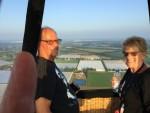 Plezierige luchtballonvaart gestart in Horst dinsdag 5 juni 2018