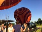 Uitzonderlijke luchtballonvaart opgestegen op startlocatie Beesd dinsdag  8 mei 2018