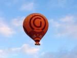 Weergaloze luchtballon vaart opgestegen op startveld Arnhem op donderdag  4 oktober 2018