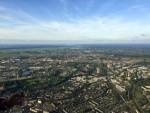 Verbluffende luchtballon vaart startlocatie Hoogland op maandag 20 augustus 2018