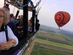 Mooie luchtballon vaart in de buurt van Beesd vrijdag 11 mei 2018