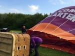 Indrukwekkende ballonvlucht in Beesd vrijdag 27 april 2018