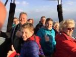 Feestelijke luchtballonvaart boven de regio 's-hertogenbosch vrijdag 27 april 2018