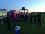 Magische luchtballon vaart in de buurt van Oss op vrijdag  5 oktober 2018