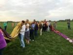 Weergaloze luchtballon vaart over de regio 's-hertogenbosch op woensdag 15 augustus 2018