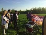 Ongekende ballonvaart gestart in Beesd zaterdag 21 april 2018