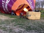 Jaloersmakende ballon vaart over de regio 's-hertogenbosch op zaterdag 30 maart 2019