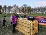 Mooie luchtballon vaart gestart op opstijglocatie 's-hertogenbosch op zaterdag 30 maart 2019