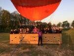 Exceptionele luchtballon vaart opgestegen op startveld Tilburg op zondag 21 april 2019