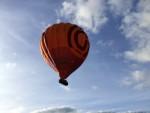 Adembenemende luchtballon vaart opgestegen op startlocatie Ommen op zondag  7 oktober 2018
